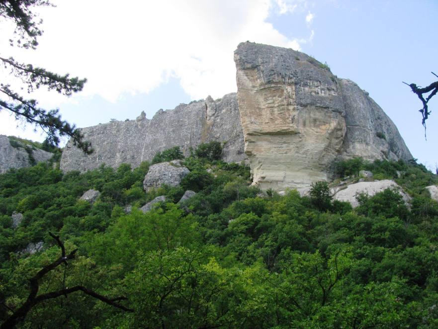 Походы по Крыму без палаток и тяжёлых рюкзаков.